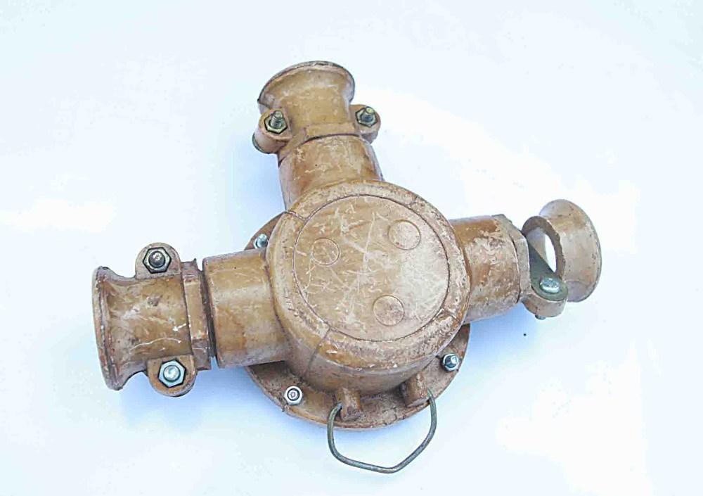 Hộp đầu nối 3 ngả:220V-380V-50A